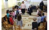 Moș Nicolae a oferit daruri copiilor din grădinițe