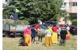 Curățeni pe străzile municipiului nostru cu persoanele beneficiare de ajutor social