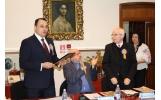 Întâlnire cu ISTORIA: 160 de ani de la Unirea Principatelor Române și înmânarea diplomei de Cetățean de Onoare al muncipiului Focșani -  domnului Horia Dumitrescu