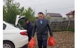 Pachete cu ocazia Sărbătorilor de Paște familiilor nevoiașe ce locuiesc în modulele de pe strada Tisa